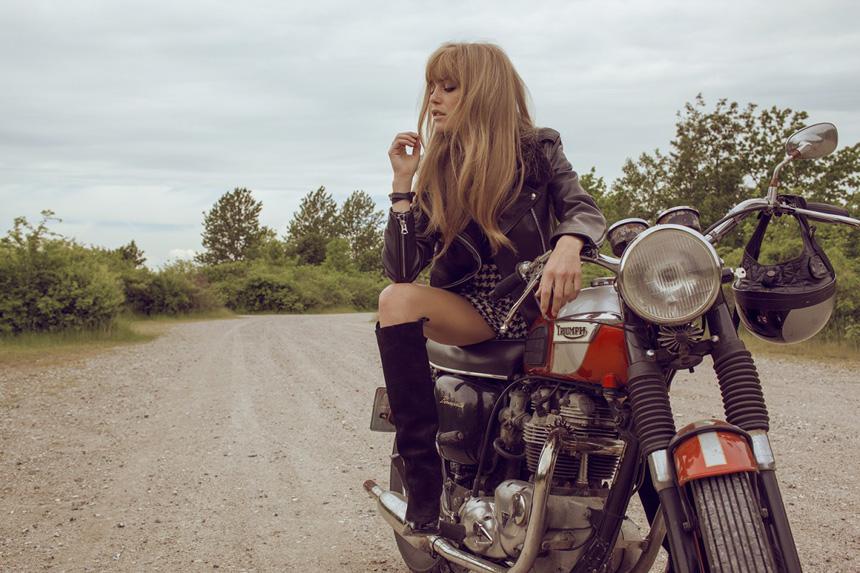 Elle_bikergirl_IMG_4025-1200x800