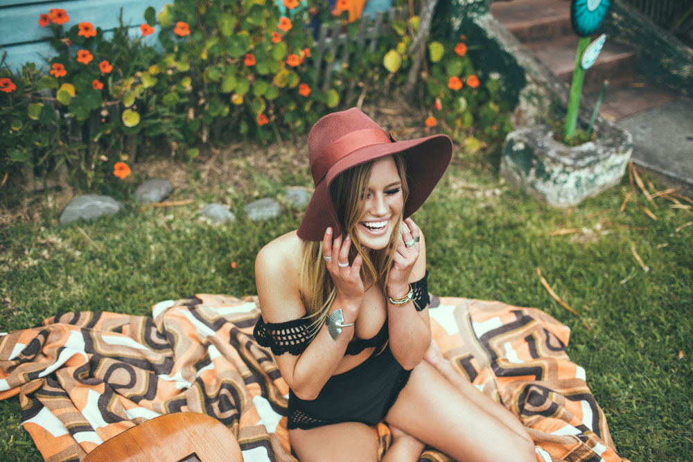 Tacoola-Bikini_Extras_web-9084