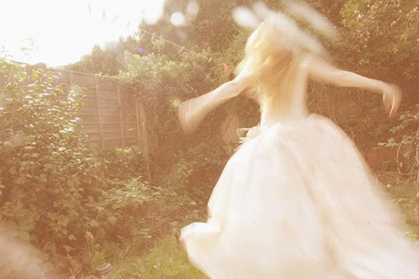 dreams_fields_spinning