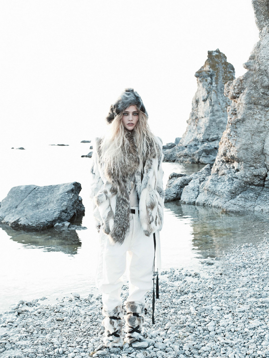 sasha-pivovarova-by-miakel-jansson-for-vogue-us-september-2014-4
